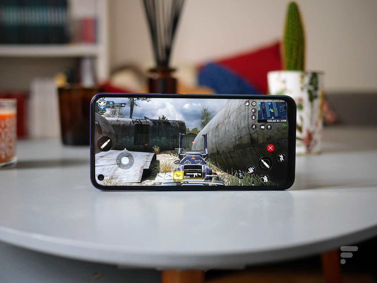 Call of Duty Mobile is pretty smooth on the Oppo A72