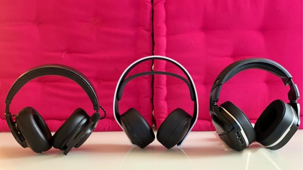 From left to right: JBL Quantum 600 headphones, Pulse 3D, Turtle Beach Stealth 700 Gen