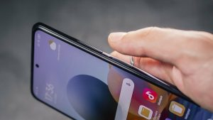The fingerprint reader on the side of the Xiaomi Redmi Note 10 Pro